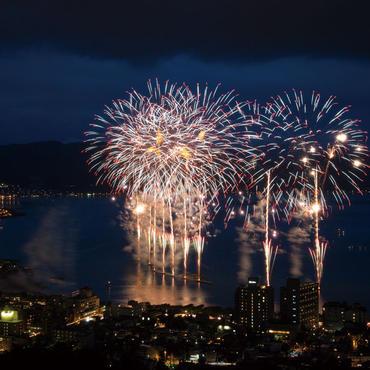 連日上がる花火にうっとり <br>諏訪湖の花火