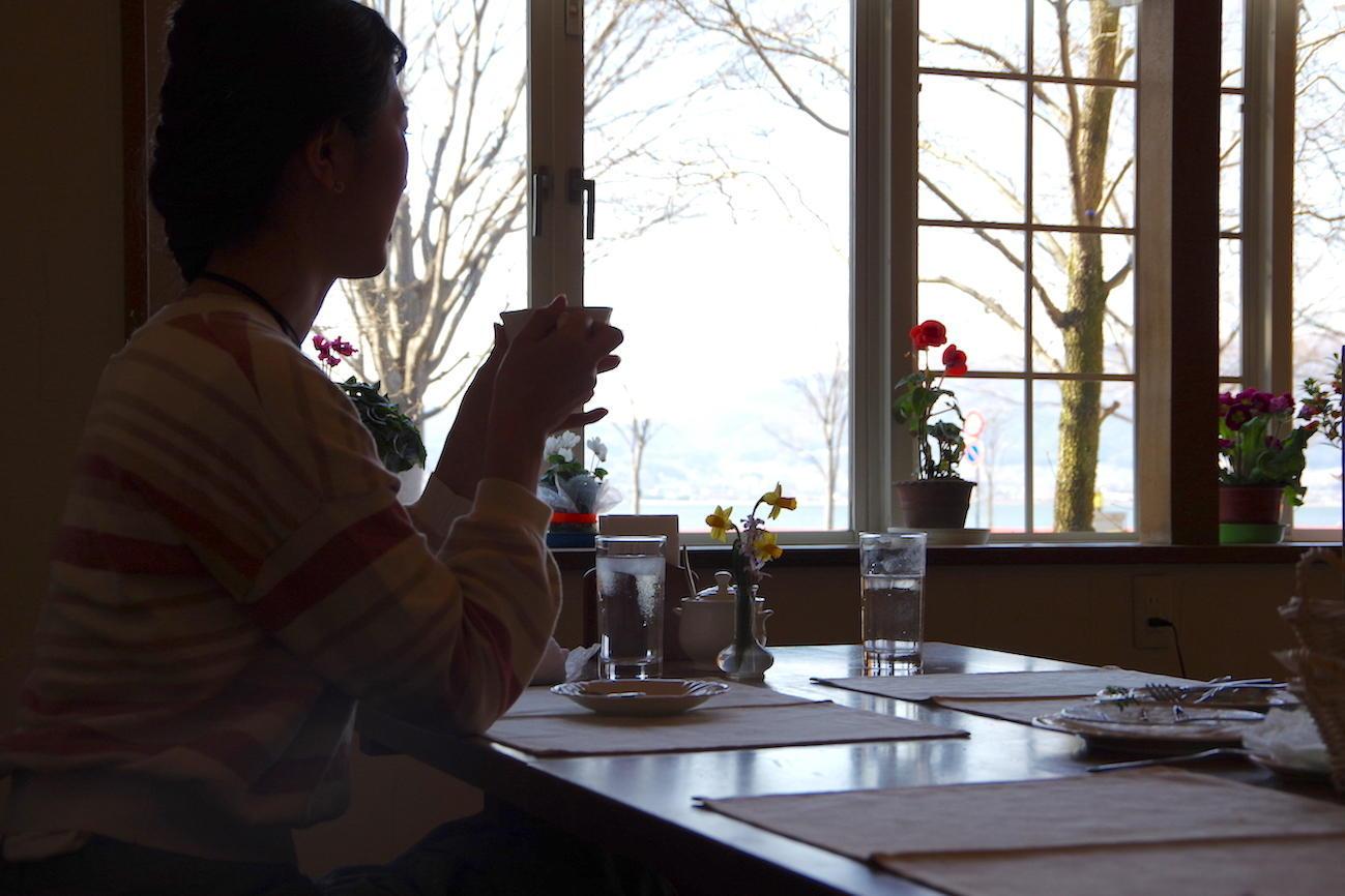 諏訪湖畔のレストランで過ごす贅沢な時間<br>「レストラン ドゥ アルブル」